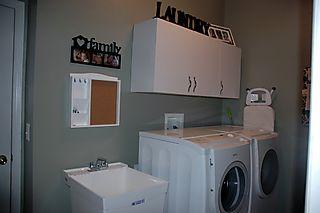 Laundry room 003