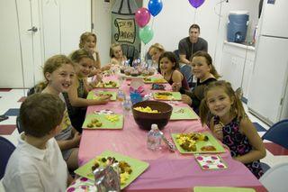 Kenadie's party 049